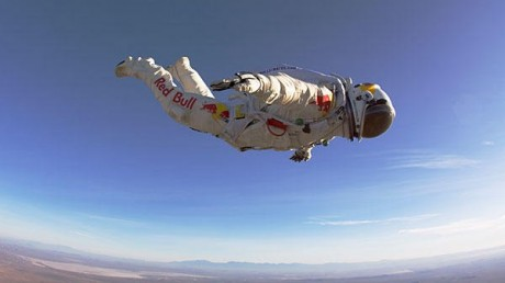 0207-Felix-Baumgartner-space-jump_full_600